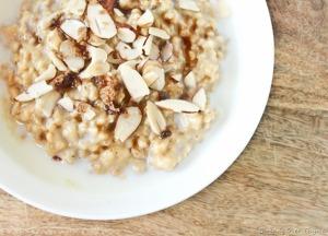 vanilla_Almond_steelcut_oatmeal
