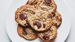 0417-Brown-Butter-Toffee-ChocolateChip Cookie-group