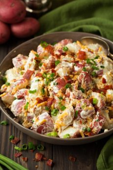 cheddar-bacon-ranch-potato-salad-44-768x1152