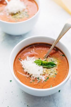 Parmesan-Tomato-Basil-Soup-Slow-Cooker-3