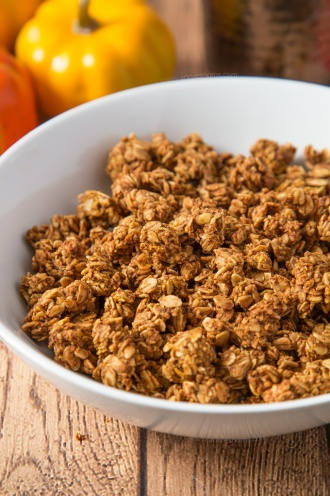 pumpkin-spice-granola-5
