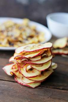 Microwave-Baked-Apple-Chips-by-Diethood