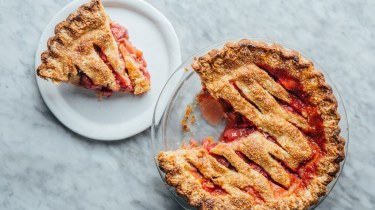 bas-best-strawberry-rhubarb-pie