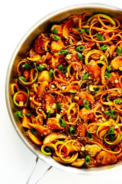 Kung-Pao-Chicken-Noodle-Stir-Fry-Recipe-1