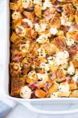 Everything-Bagel-Breakfast-Casserole-Recipe