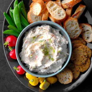 Simple-Salmon-Dip_EXPS_MBTBZ18_163943__D02_27_7b-696x696