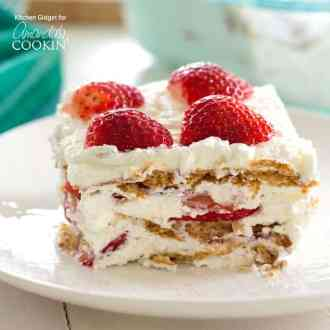 Strawberry-Icebox-Cake-Square-1