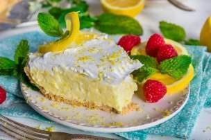 no-bake-lemon-pie-slice