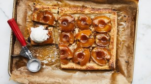 glazed-and-flaky-apple-tart