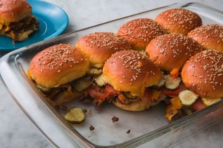 cheeseburger-sliders-horizontal-1533852196