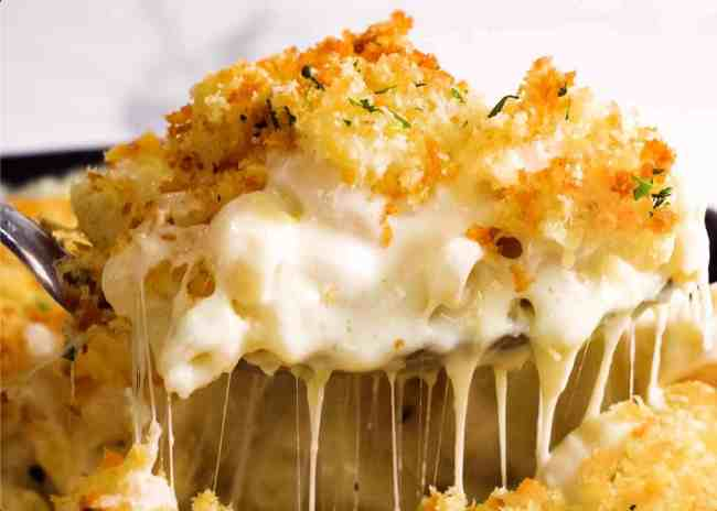 Baked-Mac-and-Cheese-Scoop-Shot